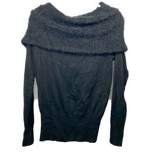 BCX Sweater Marilyn Black Cold Shoulder Top